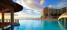 ★★★★★ The Westin Lagunamar Ocean Resort Villas & Spa Cancun, Cancún, Mexico Cancun Hotel Zone, Cancun Hotels, Hotel Pool, Best Resorts, Best Vacations, Hotels And Resorts, Hotel Familiar, Ocean View Villas, Swim Up Bar