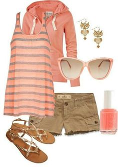 Cute comfy shorts outfit