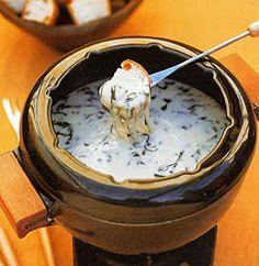Stinking Rose Garlic Spinach Cheese fondue