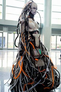 Cyberpunk Art, Avery Faeth: Salvaged Confederate Adjutant from Starcraft 2 in Otaku House Cosplay Idol 2012 Arte Ninja, Arte Robot, Arte Cyberpunk, Cyberpunk Fashion, Cyberpunk Aesthetic, Cyborg Costume, Cosplay Costumes, Alien Cosplay, Nono Le Petit Robot
