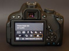 100 Secrets of Canon EOS Cameras