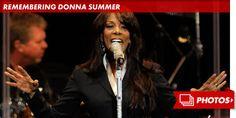 Donna Summer '48-2012 A los 63 años en Florida deja de existir la famosa 'Reina de la Música Disco', quien padecía cáncer de mama; le sobreviven su esposo y dos hijas