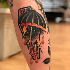 Encantador Old School Tattoo: History and Inspirations - Umbrella tattoo in old school sty. Old School Tattoo: History and Inspirati. Old Tattoos, Body Art Tattoos, Tattoos For Guys, Sleeve Tattoos, Tattoo Ink, Sketch Tattoo, Small Tattoos, Sanduhr Tattoo Old School, Old School Tattoo Designs