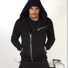 Super stylish hoodie. Get this piece of pure madness on WWW.NOHOWSTYLE.COM  #blackstyle @marianodivaio