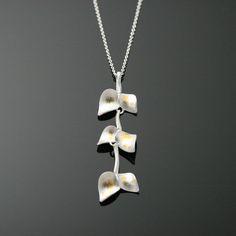Nuppu pendant / special edition | Chao & Eero shop. 925 o/oo silver, 24K keum-boo gold foil.  #chaoandeero #nuppu #finnishdesign #keumboo #scandinaviandesign Gold Foil, Scandinavian Design, Jewelry Design, Pendant, Silver, Shopping, Pendants, Nordic Design