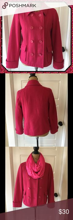 """💓 Pink Double Breasted Pea Coat 💕💕 Lovely pink double breasted pea coat, dyed to match buttons, fully lined, 2 front pockets, 70% Wool, 30% Nylon Lining, chest 38"""" length 23 1/2"""" Old Navy Jackets & Coats Pea Coats"""