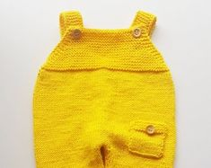 Everything About Handcrafted Crochet and Knitting by fatoshope Winter Baby Clothes, Knitted Baby Clothes, Baby Winter, Crochet Clothes, Knitted Hats, Crochet Romper, Newborn Crochet, Crochet Baby, Baby Animal Costumes