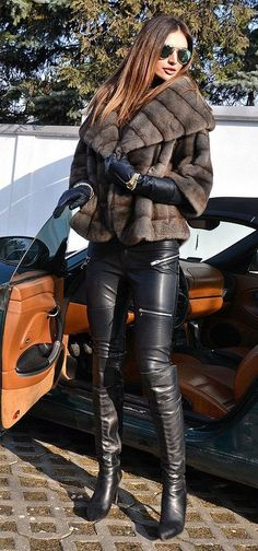 Love this fur jacket, minus those 'Beverly Hills Housewives' skintight leather pants and over-the-knee boots! Mode Outfits, Sexy Outfits, Winter Outfits, Latex Fashion, Fur Fashion, Womens Fashion, Fashion Black, Street Looks, Street Style