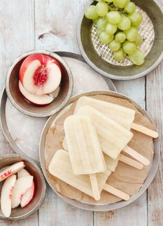 White Sangria Popsicle. Why the HELL haven't I tried to combine my love of Sangria, and fresh popsicles yet!?