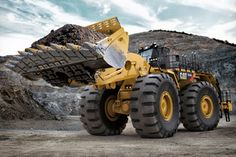 Caterpillar will be highlighting its new 994H wheel loader at MINExpo 2012 in Las Vegas