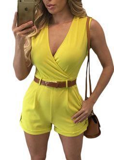 Compre Macaquinho Curto com Cinto Decote V Transpassado - 5 cores | UFashionShop