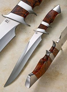 Broadwell's subhilt knife design has brought world wide acclaim since Click or mouse over image for details. Studio Line Gallery … Cool Knives, Knives And Tools, Knives And Swords, Swords And Daggers, Handmade Knives, Fixed Blade Knife, Tactical Knives, Custom Knives, Survival Knife