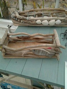 Crafts Canvas DIYs with driftwood - latest attractive crafts and beautification strategies Driftwood Projects, Driftwood Art, Diy Projects, Driftwood Ideas, Wooden Projects, Driftwood Table, Driftwood Beach, Crafts To Make, Arts And Crafts