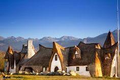 Imagini pentru castel lut