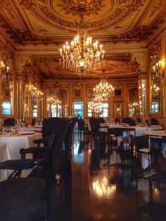 Tavares restaurant - the oldest in Lisbon and one of the oldest restaurants worldwide!