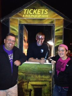 Selling tickets! Haunted Attractions, How To Make Money, Challenges