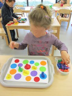 Most up-to-date Screen preschool centers math Strategies : Placing up centres around toddler and school school rooms might be a pretty daunting task. Montessori Toddler, Montessori Activities, Preschool Activities, Montessori Trays, Preschool Centers, Apraxia, Education College, Kindergarten Math, Pre School