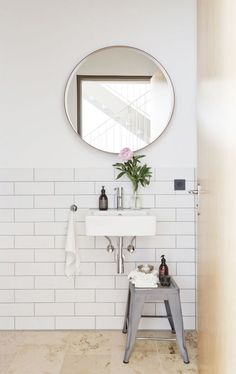Style and Create — Great bathroom inspiration in a relaxing loft space by German design duo Studio OINK Bad Inspiration, Bathroom Inspiration, Home Decor Inspiration, Home Design, Interior Design, Modern Design, Laundry In Bathroom, Simple Bathroom, Bathroom Ideas
