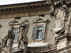 Vatican Pope s Windows St Pieter Square Vaticano Italy Castielli CC0