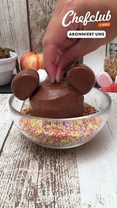 Disney Desserts, Fun Desserts, Delicious Desserts, Dessert Recipes, Yummy Food, Fun Baking Recipes, Sweet Recipes, Cooking Recipes, Rainbow Food