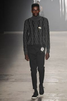See the complete Rochambeau Fall 2017 Menswear collection.