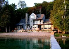 North country lake house in Glen Lake, MI. - I could easily live here.  Culligan Abraham Architecture.