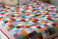 I wish I had made this… But I didn't.  This stunning granny square blanket was made by Sandra's Cherry Heart.  672 small grannies.  Oh, how I want one!   I so love the colors!  I …