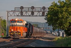 RailPictures.Net Photo: NS 8105 Norfolk Southern GE ES44AC at Leetsdale, Pennsylvania by Harry Gaydosz