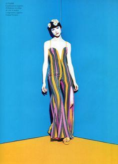"""Vogue Paris February 1993 - """"Pallette 70"""" - Photographer: Enrique Baldescu - Model: Janine Giddings"""