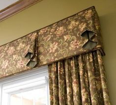 Window treatment detail #apollodraperies #housetrends *cornice with a bit of free texture .