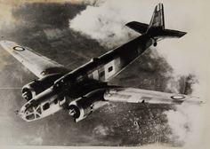 Bloch MB 131 San Diego Air & Space Museum :: Le Bloch MB.131 est un avion quadriplace de reconnaissance et de bombardement utilisé par la France au début de la Seconde Guerre mondiale.