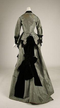 Dress late 1870s