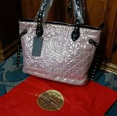 05b04903526 Hailing Snider Pink   White Bag plus Red Dust bag NWT   Pink white ...