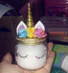 Olha que ideia linda para lembrancinha da sua festa de unicórnio! Unicorn Themed Birthday, Unicorn Party, Girl Birthday, Birthday Ideas, Diy And Crafts, Crafts For Kids, Unicorn Rooms, Unicorn Baby Shower, Unicorn Crafts