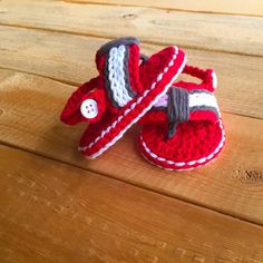 Red Grey & White Crochet Baby Flip Flop by MyWildflowerLilly