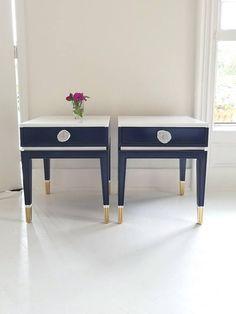 side table #paintedfurniture