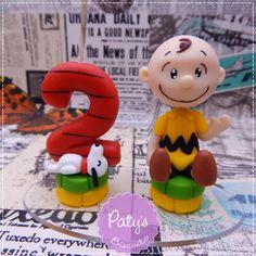 Topinho com Vela Snoopy e Charlie Brown - Paty's Biscuit