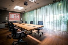 Good ideas born here #meetingroom