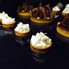 #patissier#patisserie#pastry#pastrychef#tartelette#citron#meringue#formation#tarte#chocolate#noisette#hazelnut by nicolas_pierot