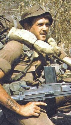 SADF Soldier w/ 7.62x51 BREN, 1977 Border Wars.