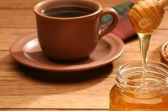 One of modern medicine's most celebrated 'miracle drugs' are steroids, but a double-blind, randomized clinical trial found that honey plus coffee outperformed prednisolone in treating symptoms of post-infectious, persistent cough. Cold And Cough Remedies, Home Remedy For Cough, Flu Remedies, Dry Cough, Health Remedies, Honey For Cough, Persistent Cough, Coffee Tasting, Honey