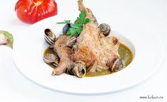 Clásico de la cocina catalana, española y casera. Conill amb cargols, conejo con caracoles.