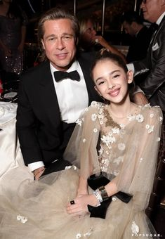 Brad Pitt and Julia Butters at the 2020 Golden Globes Golden Globe Award, Golden Globes, Best Television Series, Portia De Rossi, Beyonce And Jay, Nicole Kidman, Leonardo Dicaprio, Jennifer Aniston, Charlize Theron