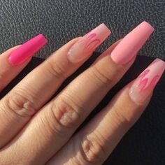 Image about fashion in nails by zadure on We Heart It Soft Grunge, Style Grunge, Grunge Goth, Cute Acrylic Nail Designs, Simple Acrylic Nails, Shellac Nails Fall, Diy Nails, Manicure, Acryl Nails