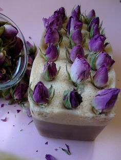 A textural beauty with a gorgeous, exotic rose scent ♥