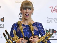 Taylor Swift is a hit as others miss at Billboard Music Awards