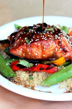 Sesame Ginger Sweet Teriyaki Salmon with Ginger Quinoa Stir-fry - Clean eating and you get your healthy fats! Salmon Recipes, Fish Recipes, Seafood Recipes, Asian Recipes, Dinner Recipes, Cooking Recipes, Healthy Recipes, Cookbook Recipes, Healthy Options
