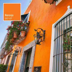 Modern Interior, Modern Decor, Mexican Patio, House Paint Exterior, Spanish House, Exterior Colors, House Painting, House Colors, Home Deco