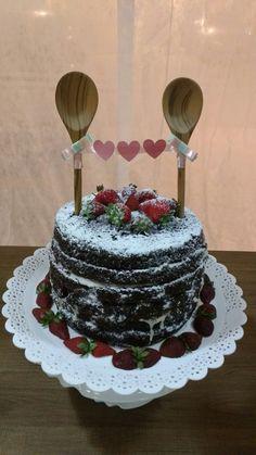 Naked Cake!! Bolo super charmoso para cha de panela