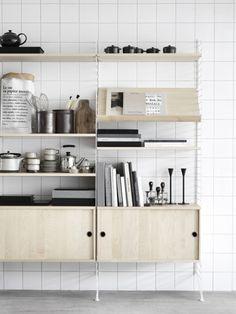 Kitchen of the Week: The Classic String Swedish Kitchen - Remodelista Interior Desing, Interior Styling, Interior Inspiration, Interior And Exterior, Interior Decorating, Home Design, Küchen Design, Clean Design, String Regal